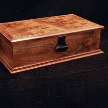 Walnut Man Box - Woodworking Project by RogerBean