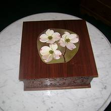 Dogwood Box - Woodworking Project by David Roberts