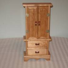 Stand up Jewelry Box - Woodworking Project by James L Wilcox