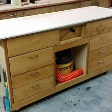 Mobile workstation with built-in downdraft box - Woodworking Project by 7Footer