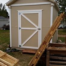 Pallet Wood Shed - Woodworking Project by Steve Tow