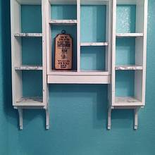 Bathroom shelf - Woodworking Project by Kevin