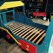 Train Bed for Grandson - Woodworking Project by jeffreydav