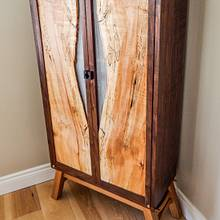 Whisky Cabinet - Woodworking Project by Manitario