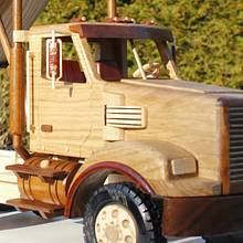 Freightliner dump truck (toys and joys) - Woodworking Project by Dutchy