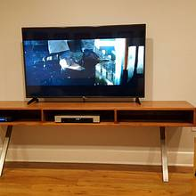 Tv console - Woodworking Project by Indistressed