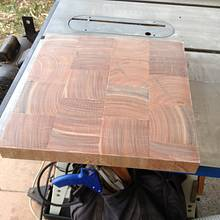 End Grain Chopping block and Fence Posts - Woodworking Project by RobsCastle