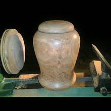 mesquite urn  - Woodworking Project by munchy