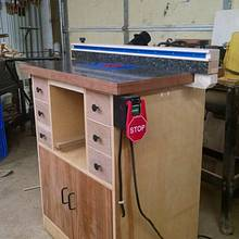 New Router table - Woodworking Project by kenmitzjr