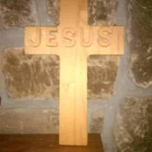 Simple cross - Woodworking Project by Jame Hord