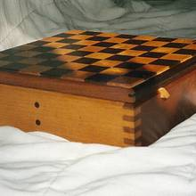 Sliding top chessboard - Woodworking Project by Xylonmetamorphoun