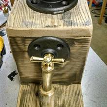 Liquor/wine dispenser - Woodworking Project by Maderhausen