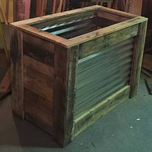 Pallet wood planter - Woodworking Project by Gabe