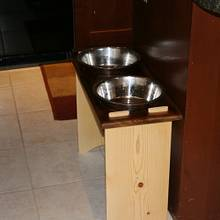 Dog Dish Holder - Woodworking Project by Railway Junk Creations