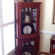 Corner cabinet from cherry - Woodworking Project by Jack King