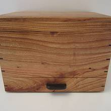 Shoe Polish Box - Woodworking Project by Blackie