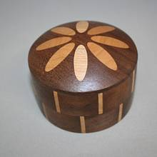 Eight Ellipse Box - Woodworking Project by Roger Gaborski