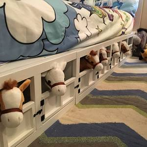 Granddaughters bed - Woodworking Project by Boone's Woodshed