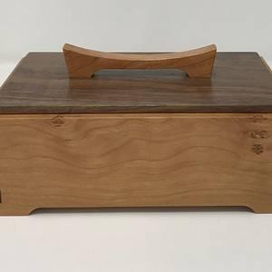 Cherry and Walnut Keepsake Box - Woodworking Project by kdc68