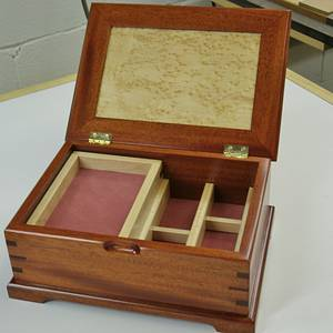 A Mahogany and Birdseye Maple Beauty - Woodworking Project by kdc68