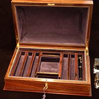 Rosewood Fountain Pen Box - Woodworking Project by RogerBean