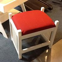 Small desk with bench seat - Woodworking Project by Jack King
