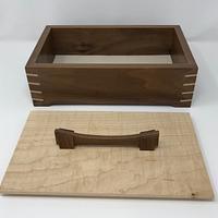 Walnut and Maple Keepsake Box - Woodworking Project by kdc68