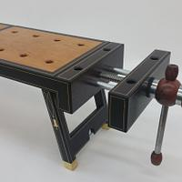 Work Bench - Woodworking Project by Les Hastings