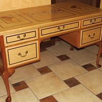 Queen Anne style writing Desk  - Woodworking Project by Boris