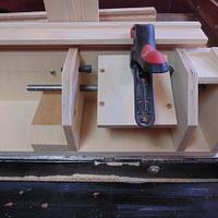 BOX JOINT JIG WITH ADJUSTEBLE INDEX