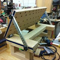 Bench top carving bench - Woodworking Project by Les Hastings