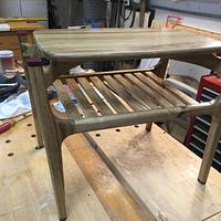 Side-Table, w/Floating Top - Woodworking Project by MJCD
