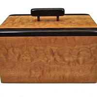 Quilted maple & Wenge Lift Top Box - Woodworking Project by Greg