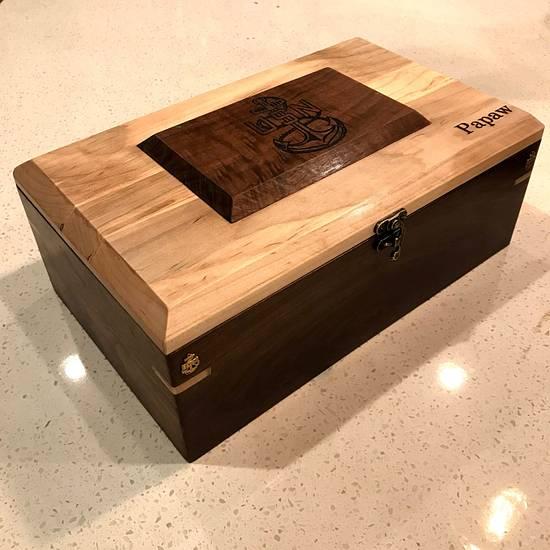 Walnut/Maple Knife Box - Woodworking Project by Okie Craftsman
