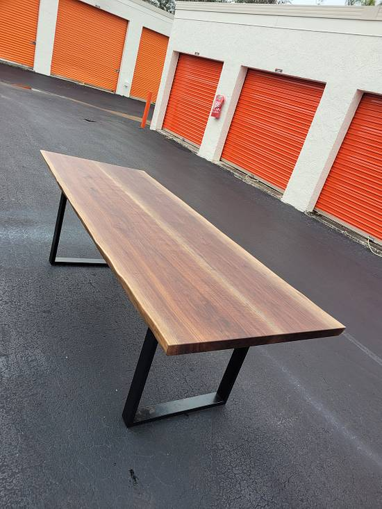 Walnut Live Edge Table - Woodworking Project by Izzyswoodworking