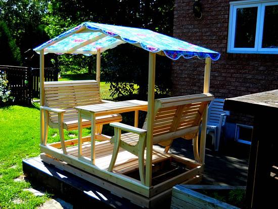 White Cedar garden glider/swing - Woodworking Project by Matteout
