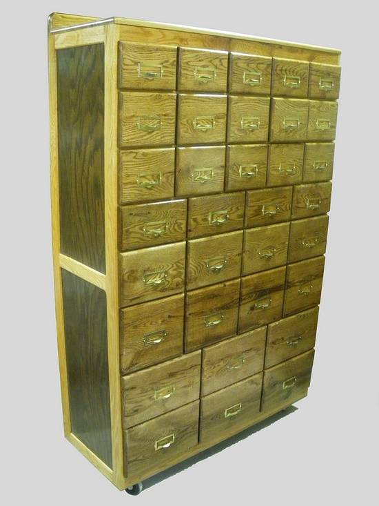 33-Drawer Shop Storage Cabinet - Woodworking Project by Lightweightladylefty
