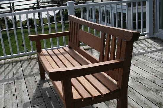 Outdoor Bench - Woodworking Project by MJCD