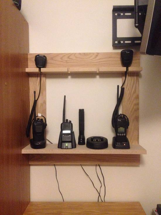 Portable Radio Charging Shelf - Woodworking Project by Roushwoodworking
