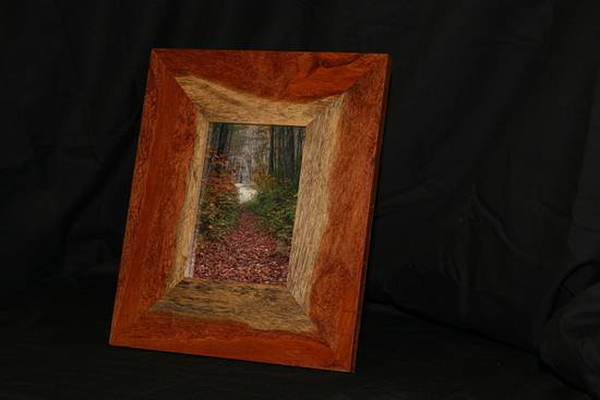 Pallet Wood Picture Frame - Woodworking Project by Railway Junk Creations