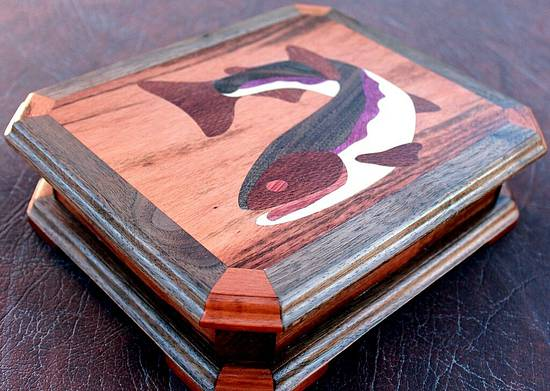 FishFry's KickinIt Jewelry Box - Woodworking Project by EZInlays