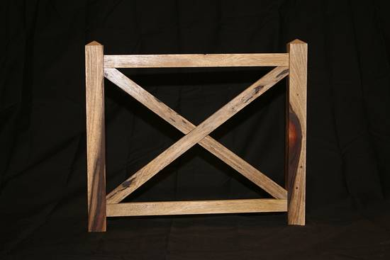 Fence Picture Frame - Woodworking Project by Railway Junk Creations