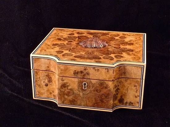 Walnut Burl Man Box - Woodworking Project by RogerBean