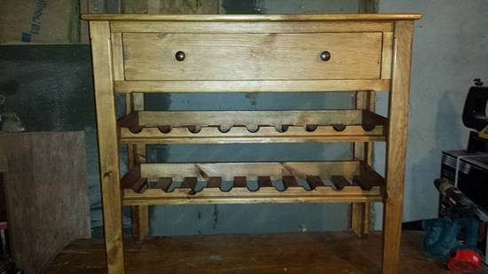 Wine table - Woodworking Project by Nate Ramey