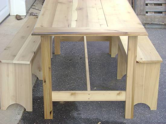 Poplar Farm Table - Woodworking Project by David Roberts