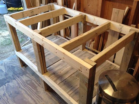 Lil' Worlbench - Woodworking Project by Dusty1