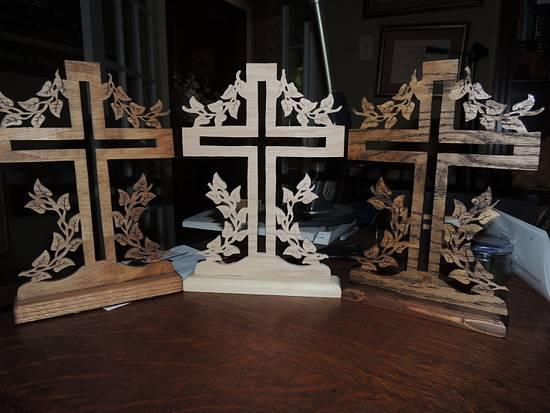 Scrolled Cross - Woodworking Project by Rolando Pupo