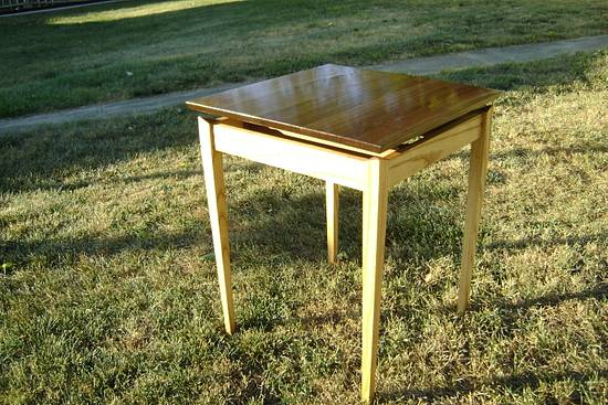 Floating top tables - Woodworking Project by Jeff Smith