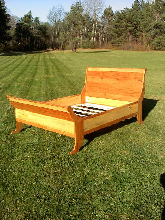 Queen Slieghbed - Woodworking Project by Lance Chase