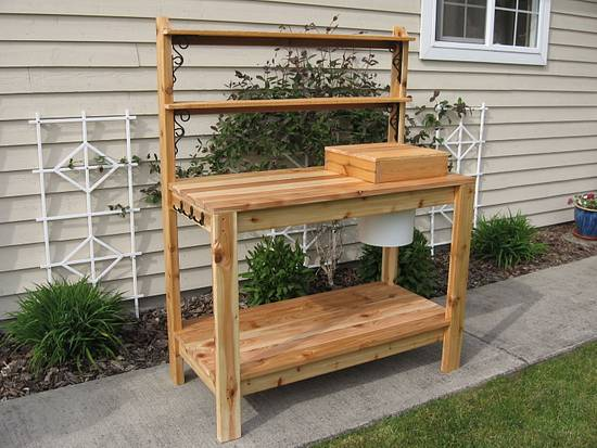 Planting table - Woodworking Project by Tim